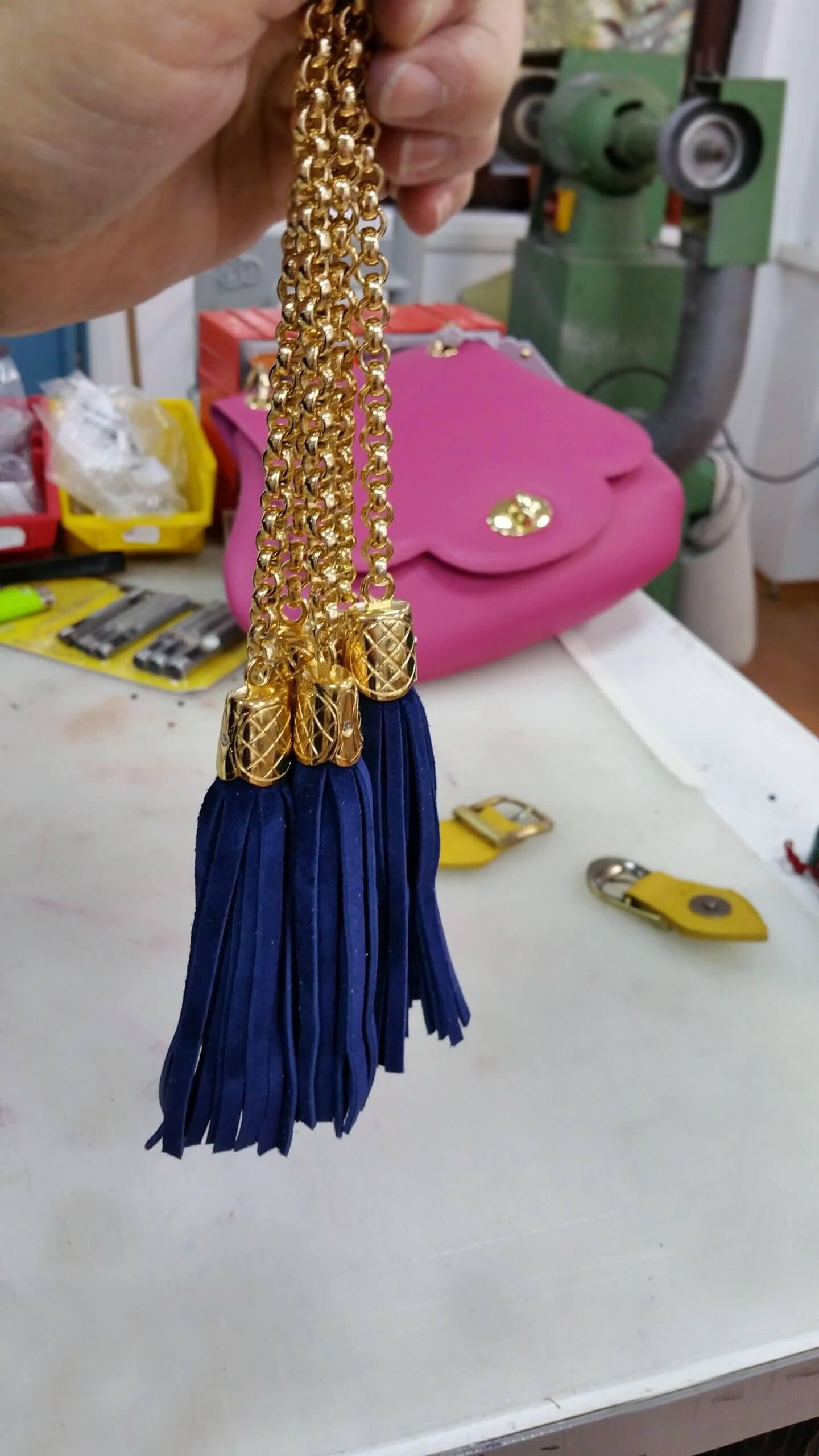 accesorii cu lant pentru posete